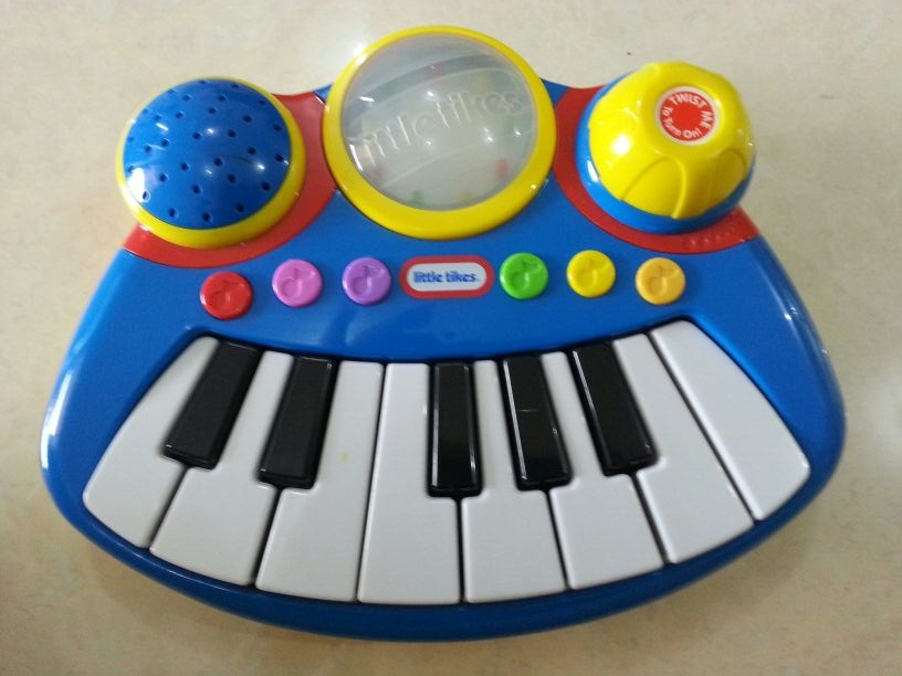 little%20tikes%20piano.jpg